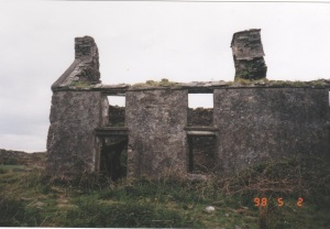 Baurgorm farmhouse build by Denis Sullivan in 1861, photo taken in 1997.