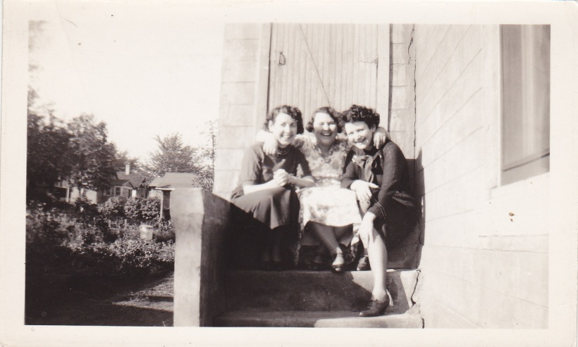 Margaret, Rose & Agnes McMahon (early 1930s)